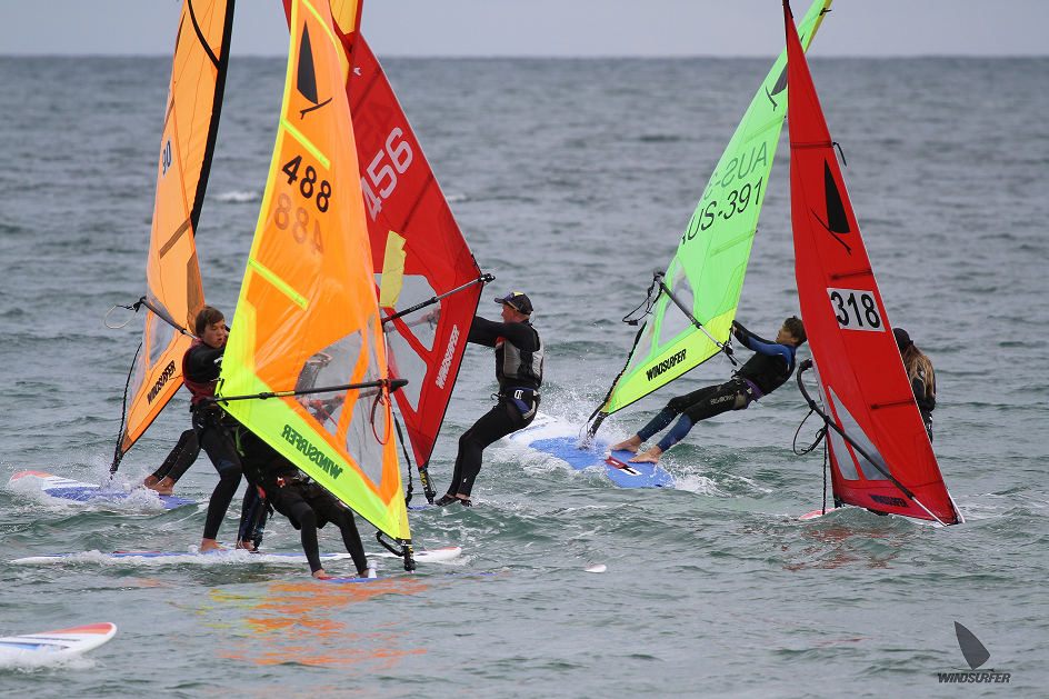 Windsurfer Worlds in Perth Postponed.